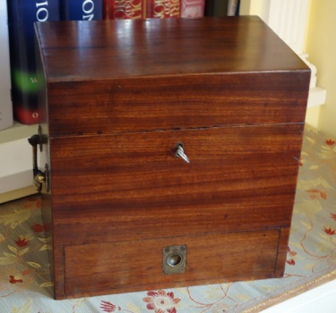 Georgian medicine box front